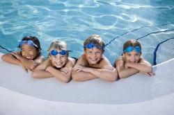 Плавание в бассейне - закаливание ребенка и профилактика бронхита