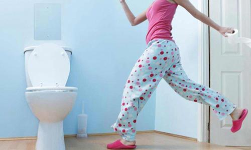 Частые позывы в туалет могут быть симптомом заболевания