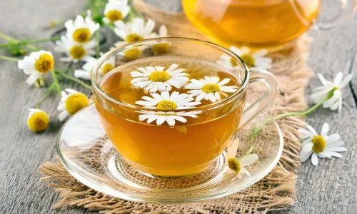 Чай используется как для лечения, так и профилактики цистита у взрослых и детей