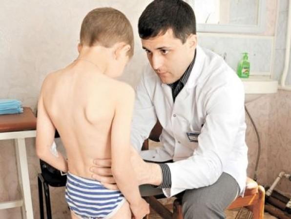 у мальчика на приеме у врача