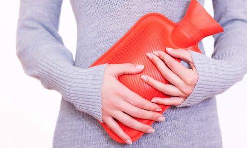 Тепло помогает бороться с болевыми ощущениями при цистите. Однако безопасно использовать только сухое тепло - грелку или бутылку с подогретым песком