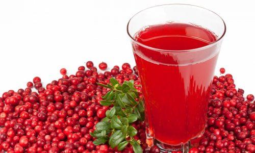 Сок из ягод рекомендуется принимать по 2/3 стакана 3 раза в день перед едой