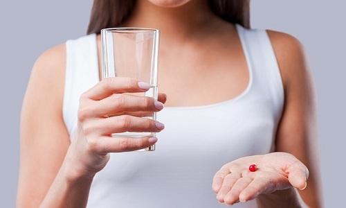 Комплексное лечение уретрита и цистита включает в себя прием противовоспалительных препаратов