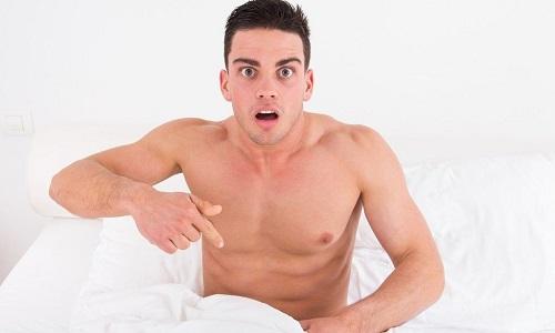 Входящие в состав травы и листьев флавоноиды улучшают кровообращение в области мужских половых органов