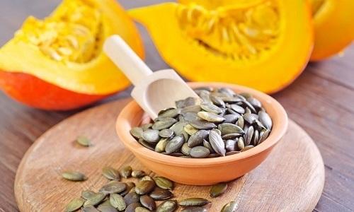 Больным панкреатитом нужно знать, можно ли употреблять тыквенные семечки