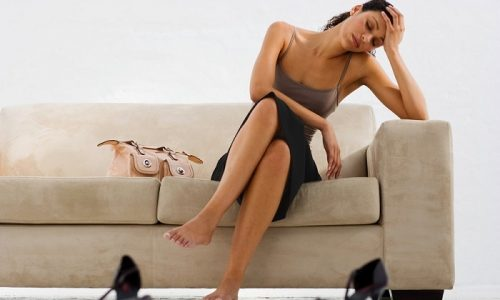 Кроме дизурических расстройств, иногда повышается температура, развиваются признаки интоксикации (потеря аппетита, слабость)