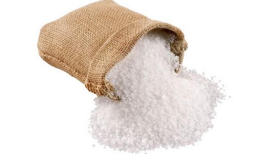 Можно прикладывать к нижней части живота сухое тепло (соль, песок)