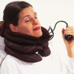 Воротник для шеи с надувным механизмом