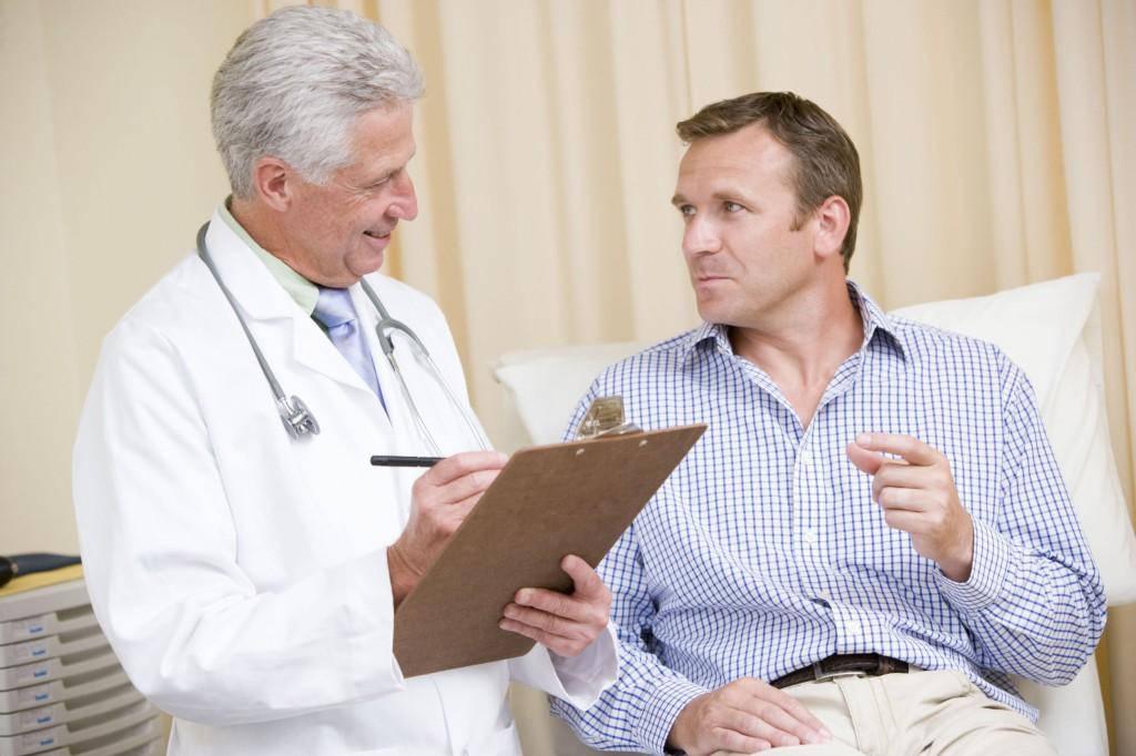 мужчина на диагностике